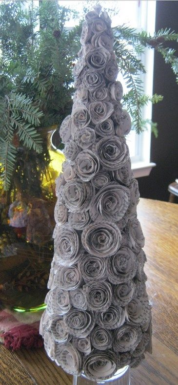 20 1 E3ypnes Idees Gia Diy Xristoygenniatika Dentrakia Recycled Christmas Tree Diy Christmas Tree Christmas Diy
