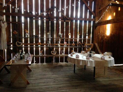 Barn Wedding #countrywedding #vintagewedding #wedding #diywedding #rusticwedding #decorations #vases #flowers