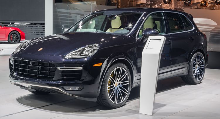 2106 Porsche Cayenne Turbo S With 562hp