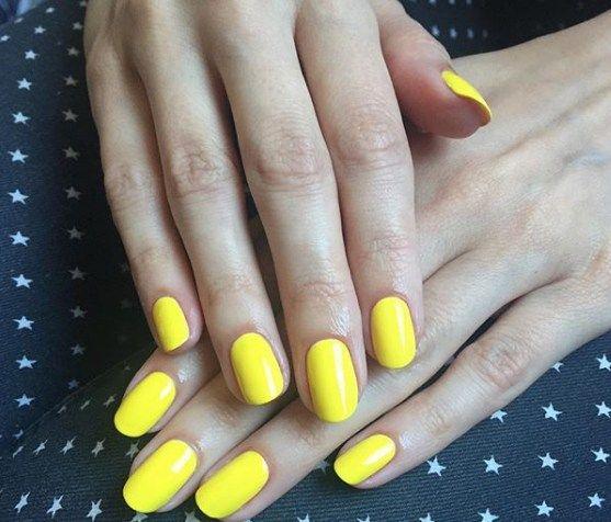 Chic Nagellacke und Nail Art Designs für kurze Nägel