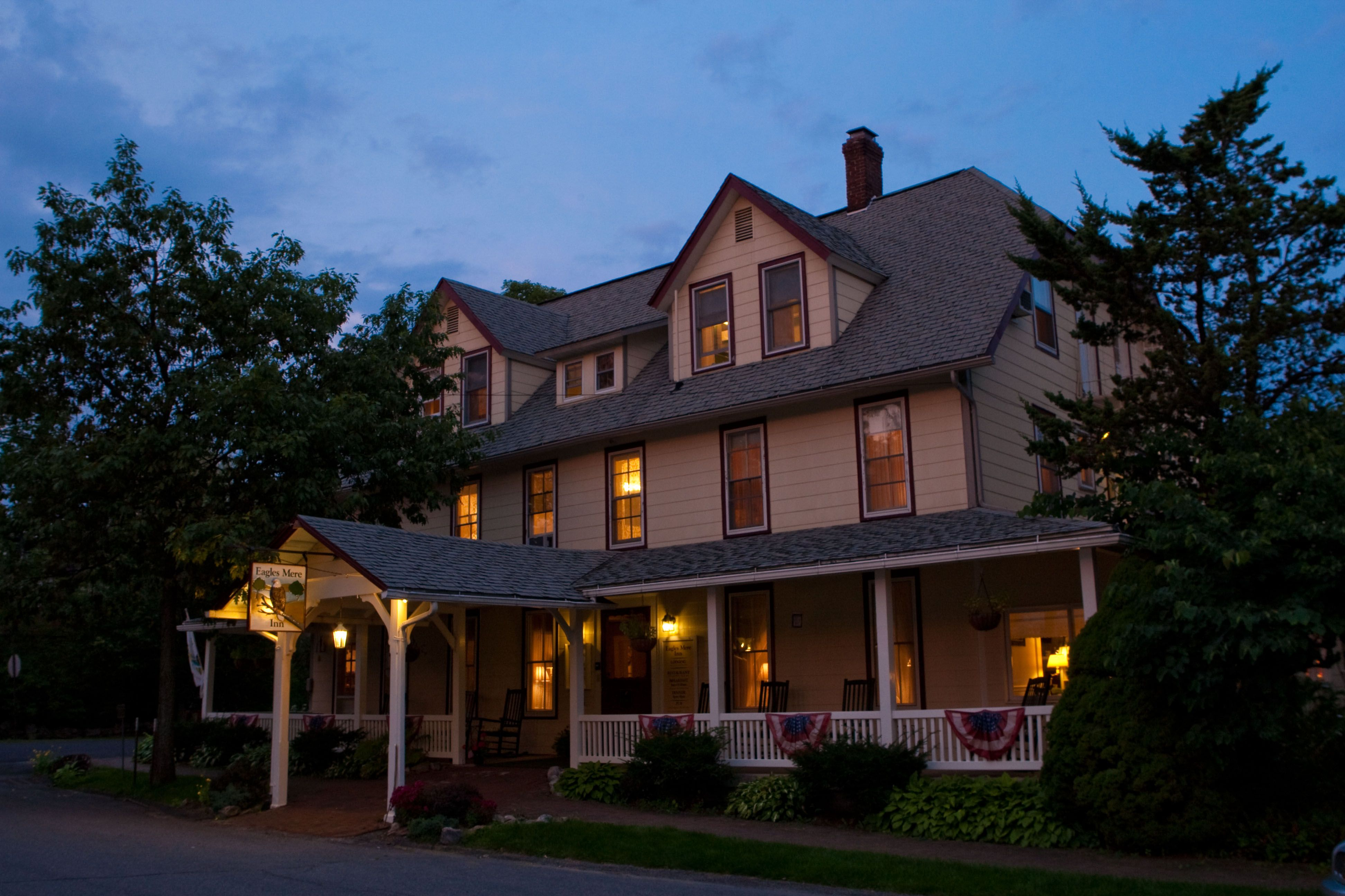 Eagles Mere Inn Pennsylvania Bed And Breakfast Pocono Mountain