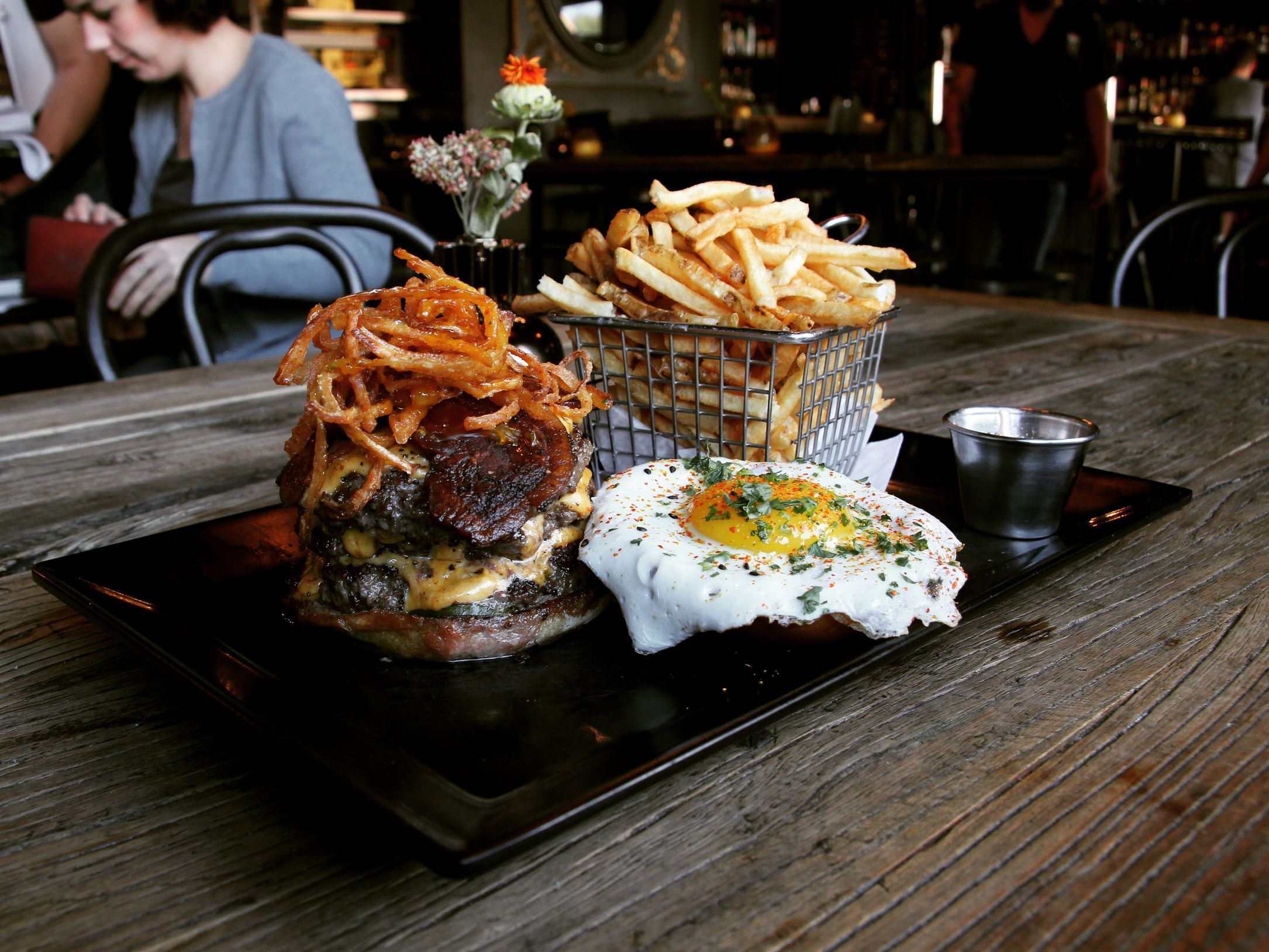 The 20 Most Essential Chicagoland Burgers