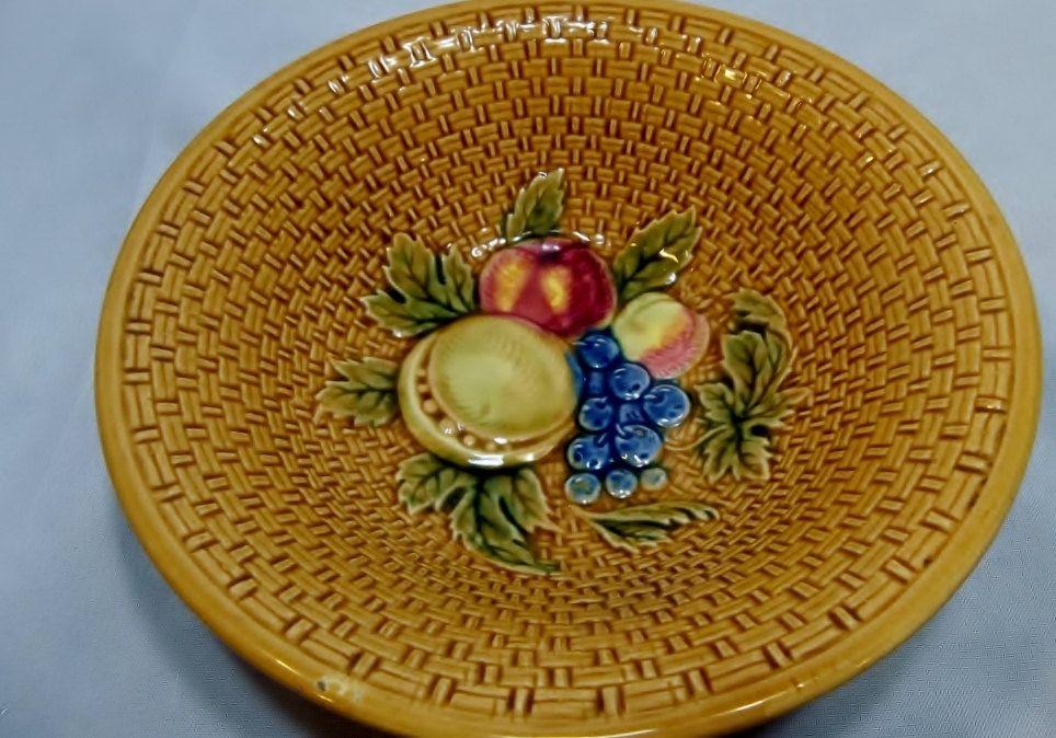 GS Zell Majolica germany berry bowl basket weave mixed fruit. $9.99, via Etsy.