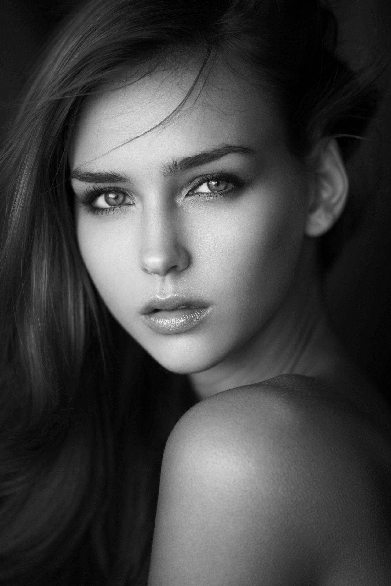 Relativ Sensualité en noir et blanc | Portraits de Femmes | Pinterest  WQ22