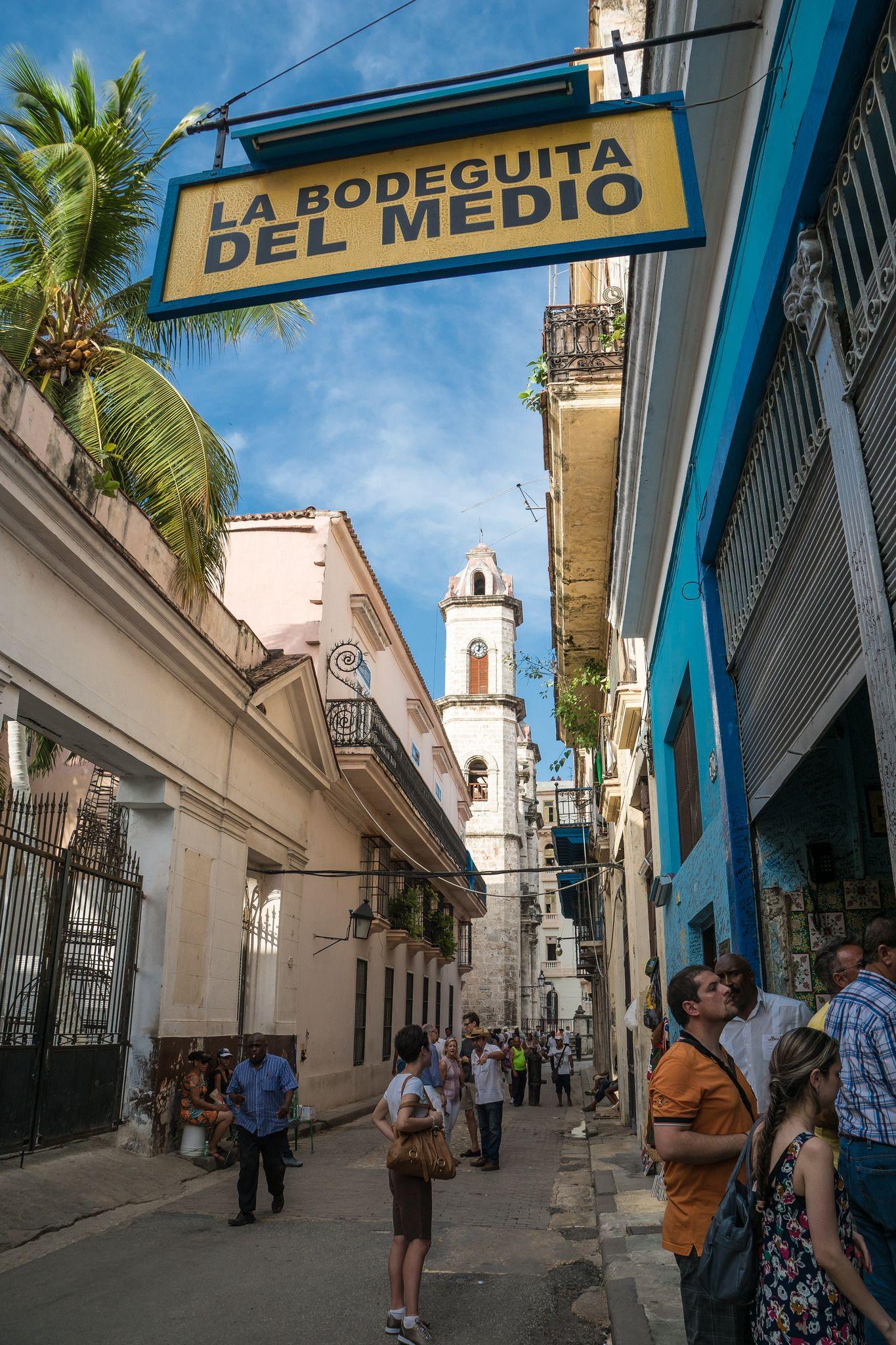 La Bodeguita del Medio . Cuba