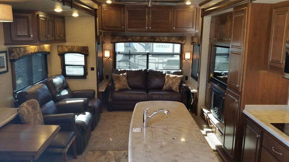 Pin by SHOPINGTIMES on 41 RV Remodel Bedroom Color Schemes | Rv ...