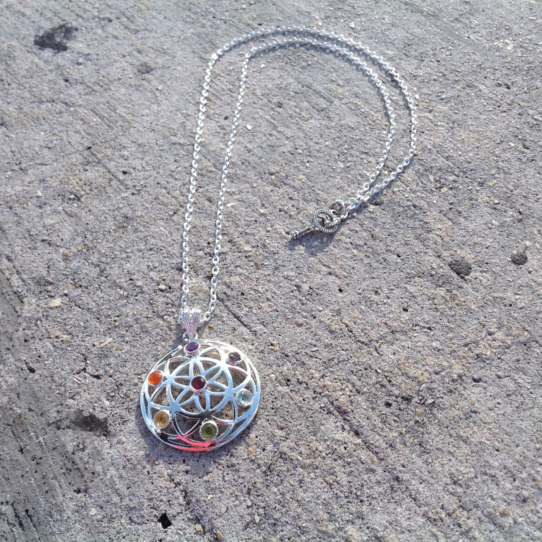 #SeedofLife #FlowerofLife - Seven 7 #Chakras Charm on Silver Necklace w/ Amethyst, Iolite, Aquamarine, Peridot, Citrine, Carnelian, Garnet #SacredGeometry by MayanRoseShop on #Etsy #MayanRose Mayan Rose