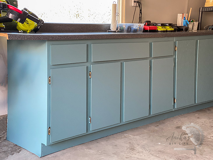 How To Paint Veneer Cabinets Furniture Makeover Diy Furniture Cabinet