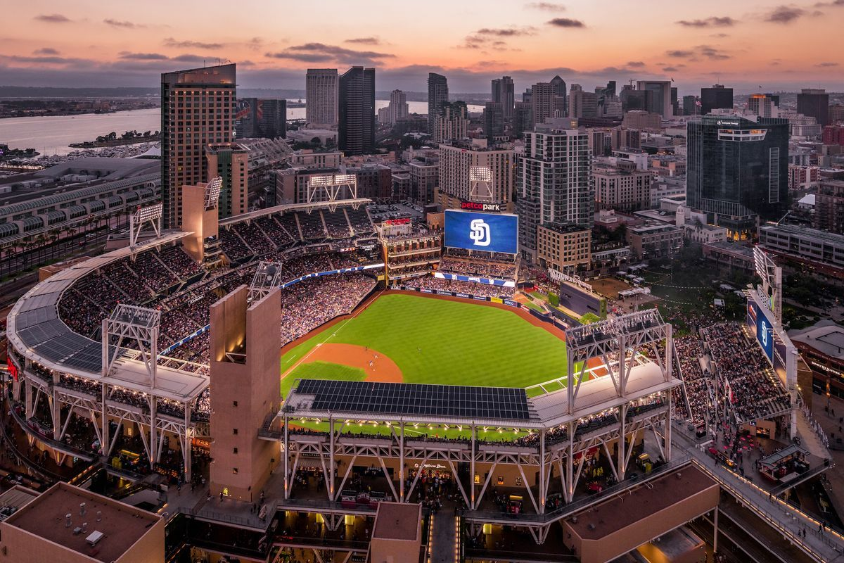 What To Eat At San Diego S Petco Park 2019 Edition Petco Park San Diego Petco