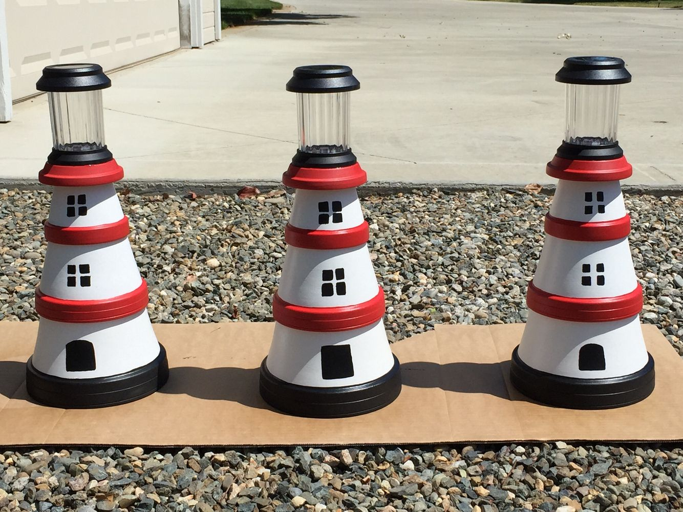 Lighthouses from flower pots Flower pots, Flowers, Creation