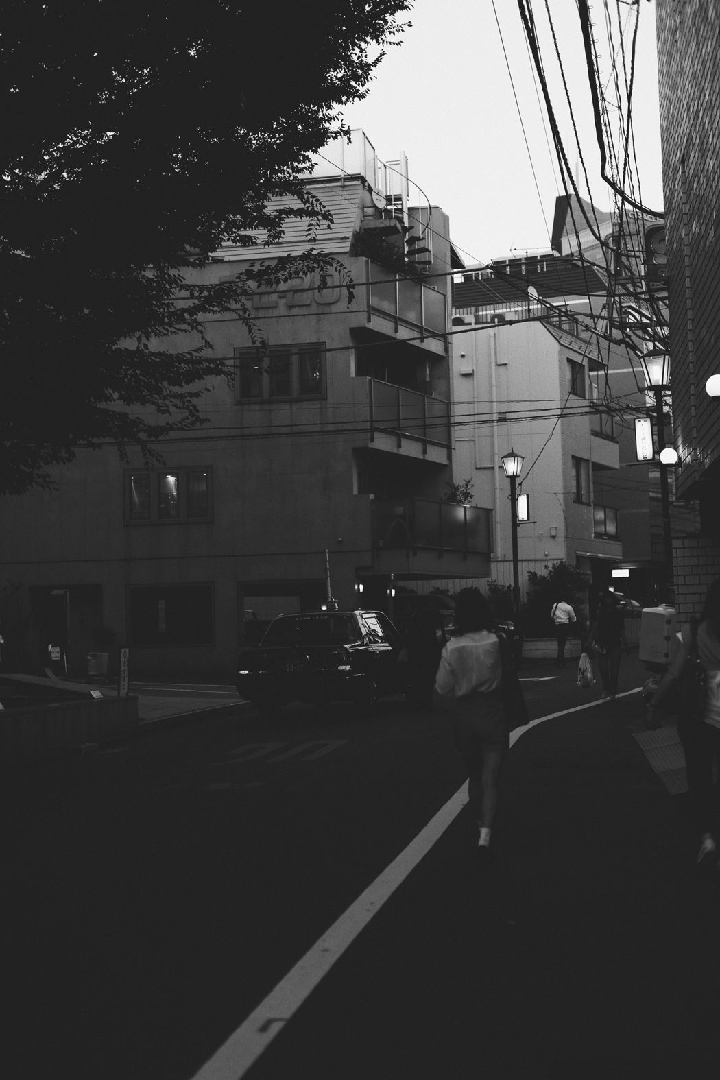 Black white photography · monochrome painting · tokyo · one week in tokyo a visual diary captured in june 2018 by fiona dinkelbach