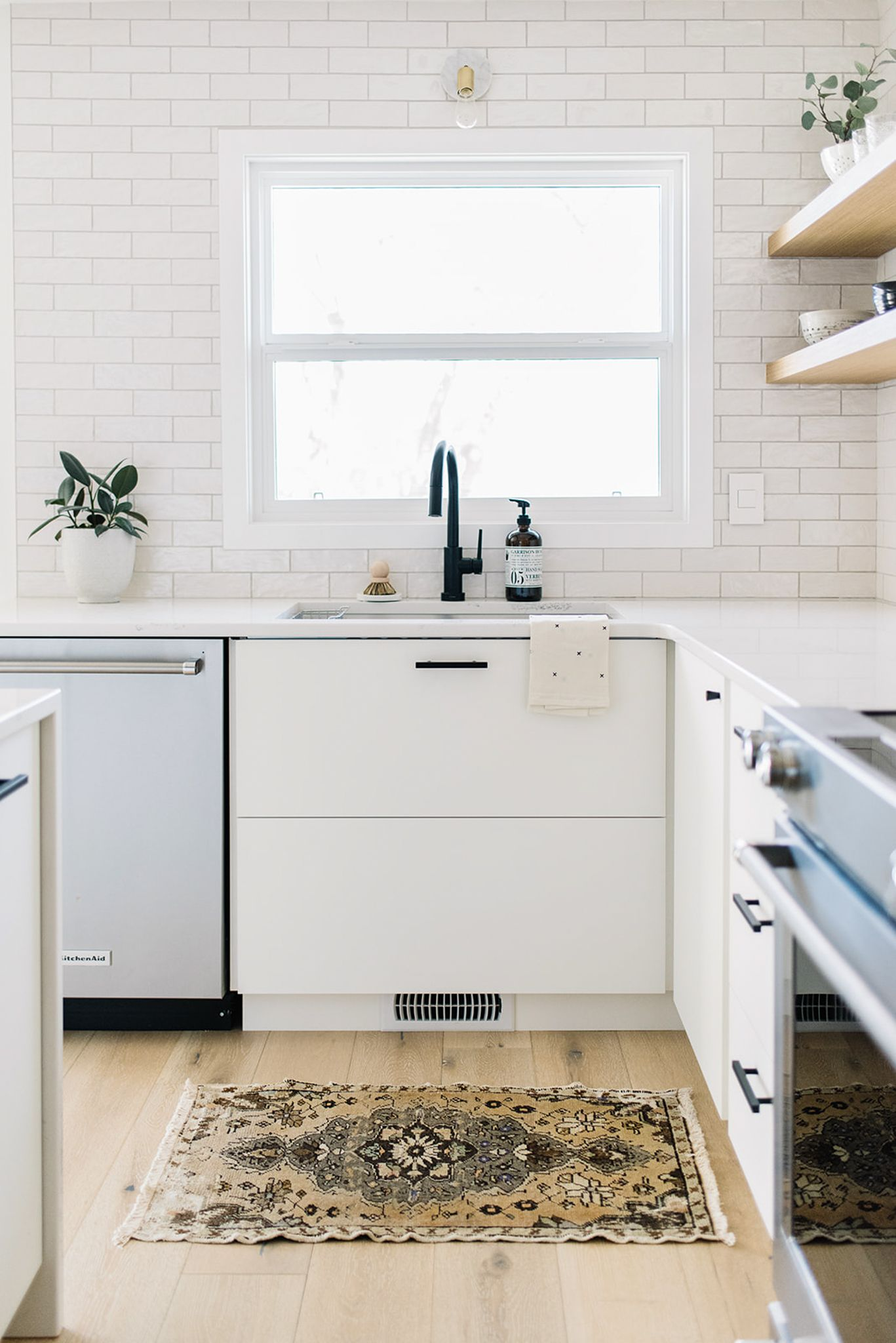 Window treatment ideas for above kitchen sink  ravine house kitchen one room challenge u the reveal  cocinas