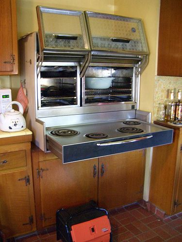Early 1960s Frigidaire Flair Oven Retro Kitchen Appliances Home Decor Kitchen Retro Kitchen