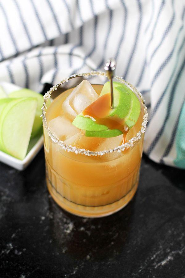 40 Amazing Thanksgiving Drink Recipes - Alcoholic & Nonalcoholic #thanksgivingdrinksalcohol