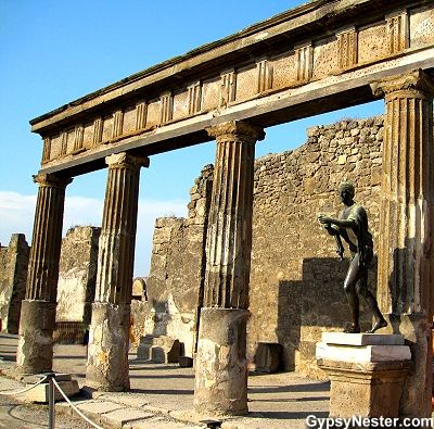 The Temple of Apollo in Pompeii!   See more: http://www.gypsynester.com/pompeii.htm #travel #italy #pompeii