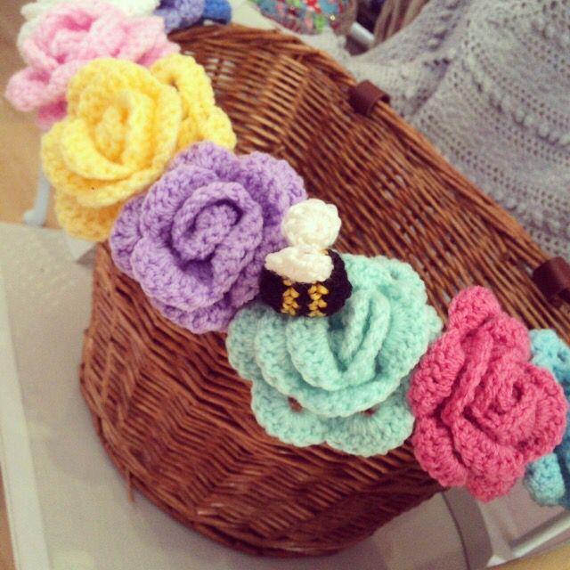 Crochet flowers bike basket | örgü | Cestini, Uncinetto e ...