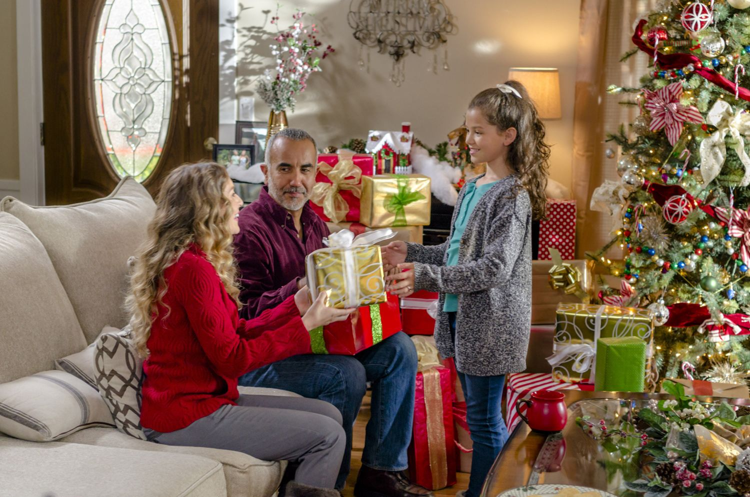 Hallmark S Christmas In July Movie Marathon Has Landed Here S How To Stream It For Free In 2020 July Movies Movie Marathon Holiday Movie