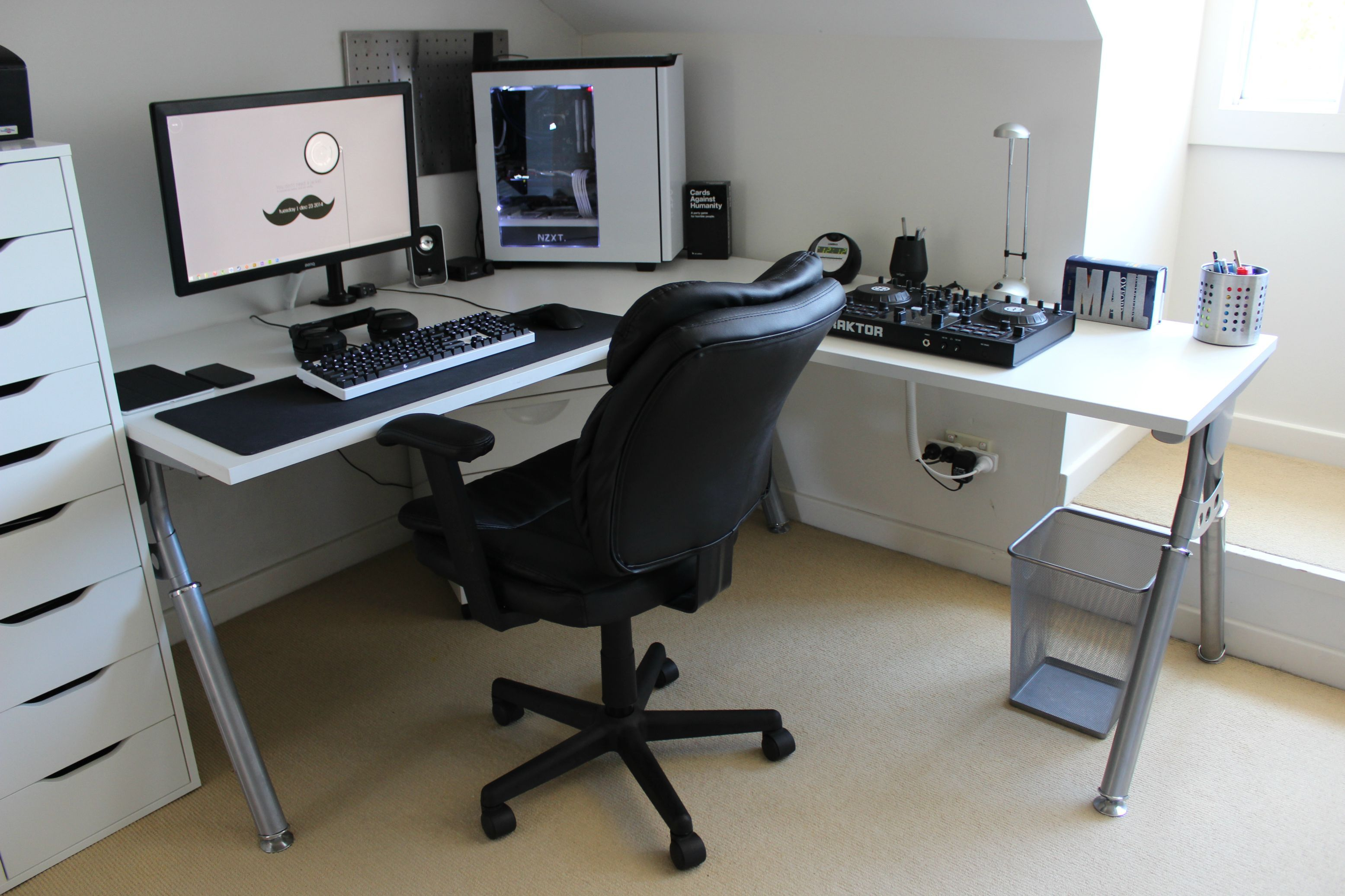 updated my battlestation bureau id es de bureau et organisation bureau. Black Bedroom Furniture Sets. Home Design Ideas
