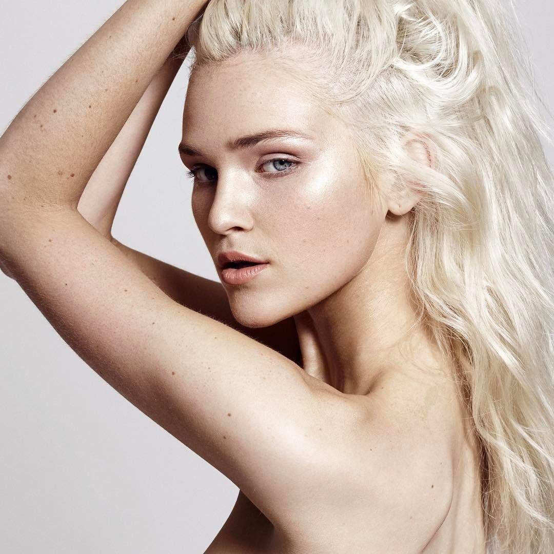 naked Alexa Reynen (12 foto) Selfie, Twitter, panties