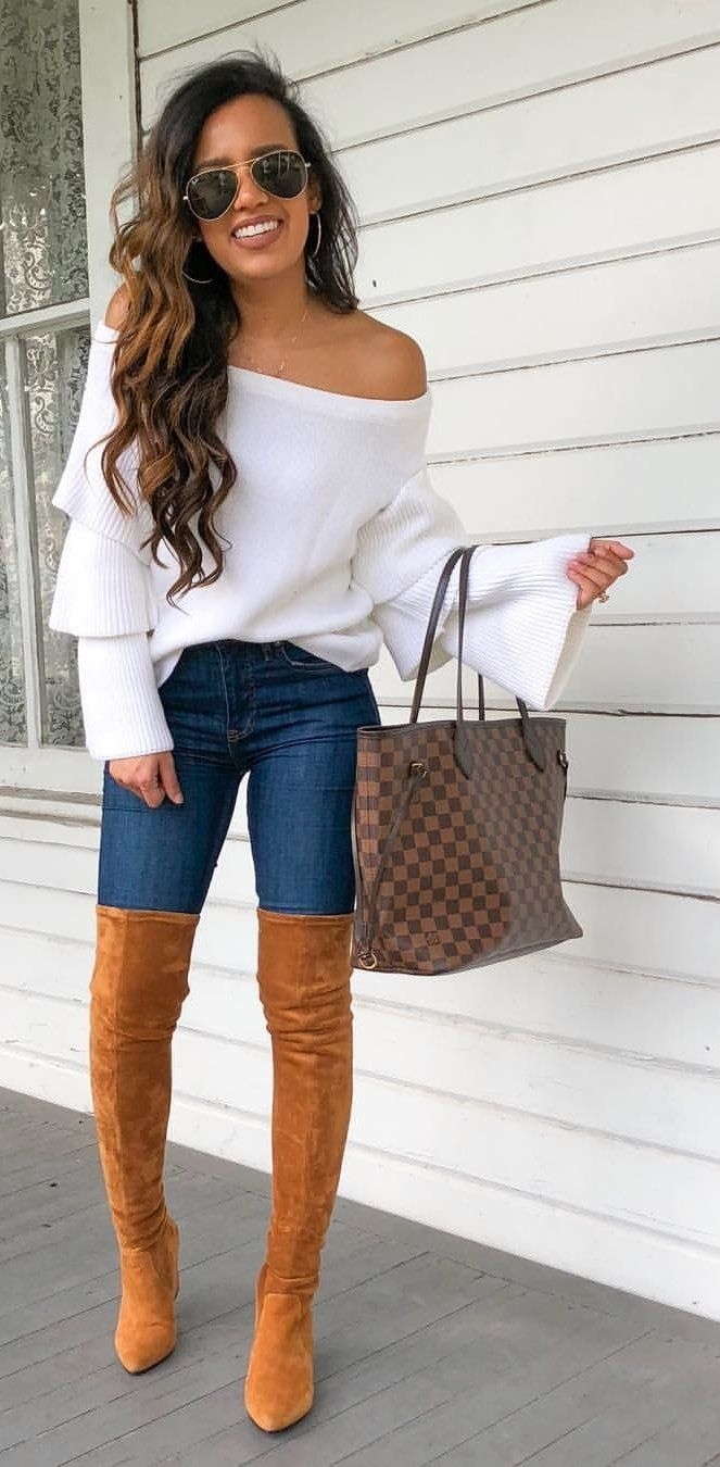 White Off Shoulder Top Como Vestir Con Botas Ropa Y