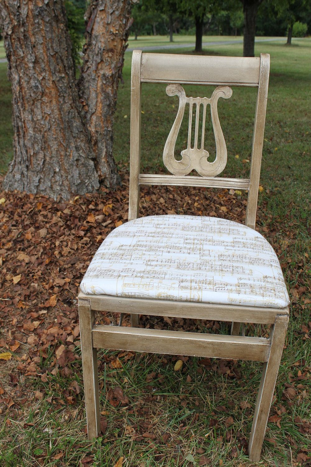 Beautiful Lyre or Harp Back Musical Influence Folding