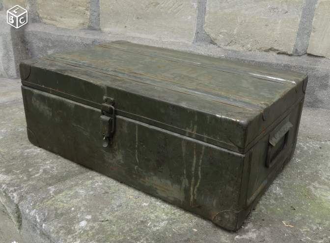 ancienne caisse militaire en m tal 55x33x20 chambre louis pinterest. Black Bedroom Furniture Sets. Home Design Ideas