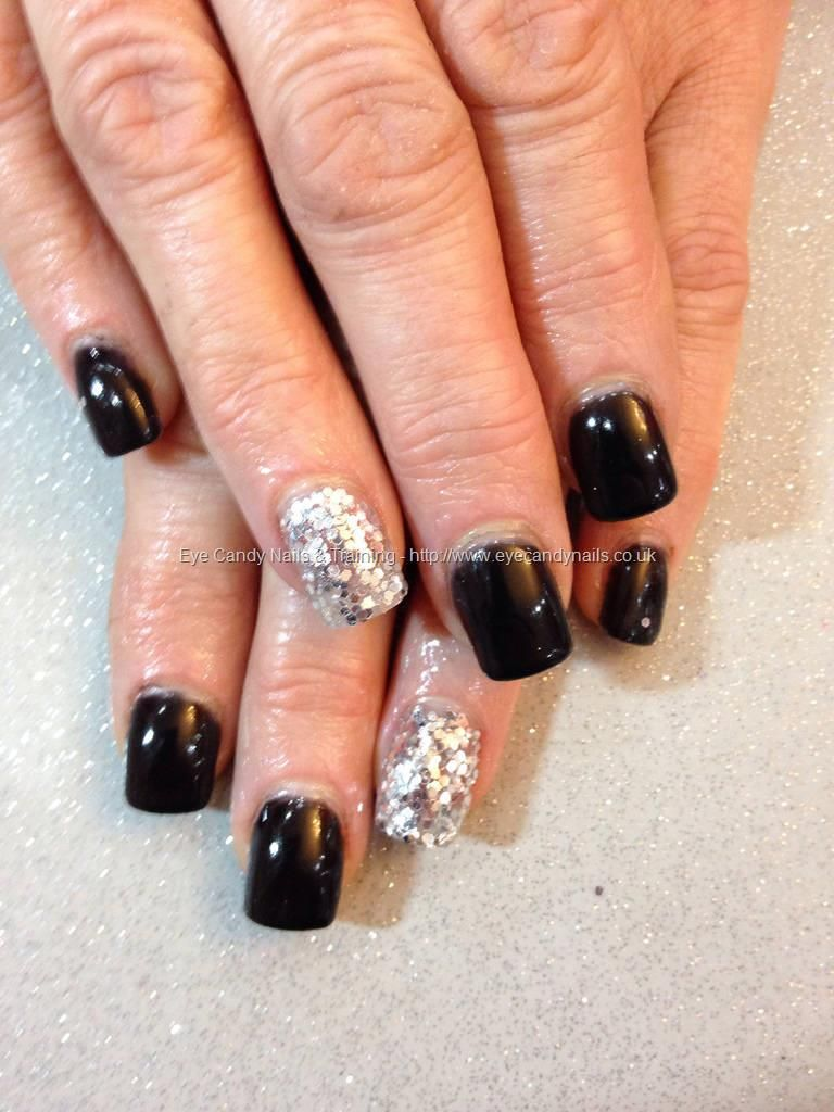 Eye Candy Nails Training Acrylic Nails Finished With Black Gel Polish With Full Silver Glitter Discs On Ring Fingers By Re Nails Acrylic Nails Super Nails