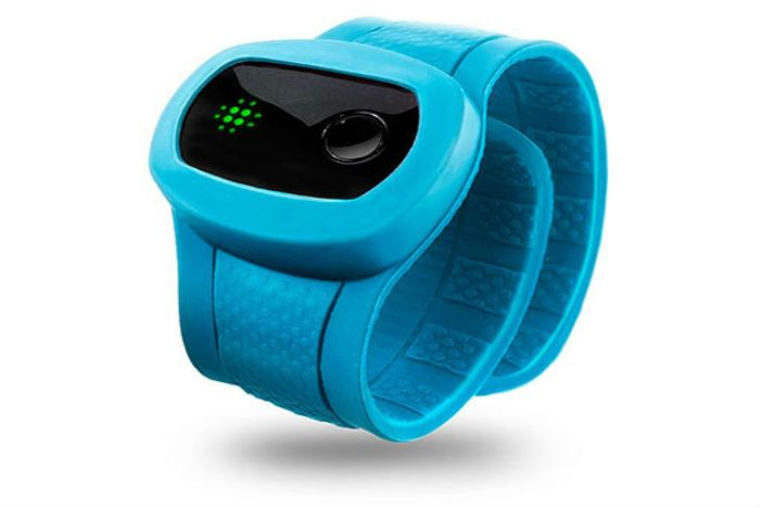 Slap Bracelet Fitness Tracker Encourages Kids Into Exercise Wearable Tech From Kidfit Helps Learn About The Value Of Physical Activity