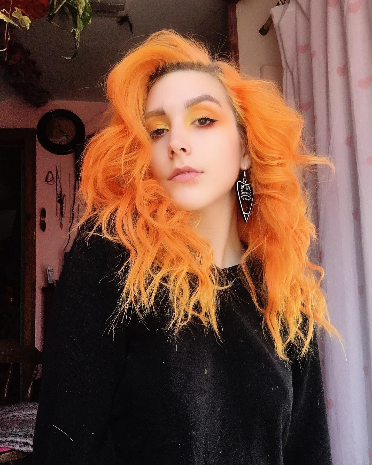 Just Wanted To Show Off My Orange Hair Hair Beauty Skin Deals Me Fashion Love Cute Style Women Makeup In 2020 Hair Celebrity Hair Colors Orange Hair