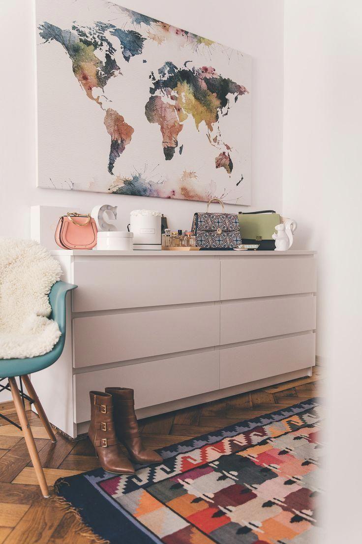 IKEA MALM Kommode mit Deko im Schlafzimmer
