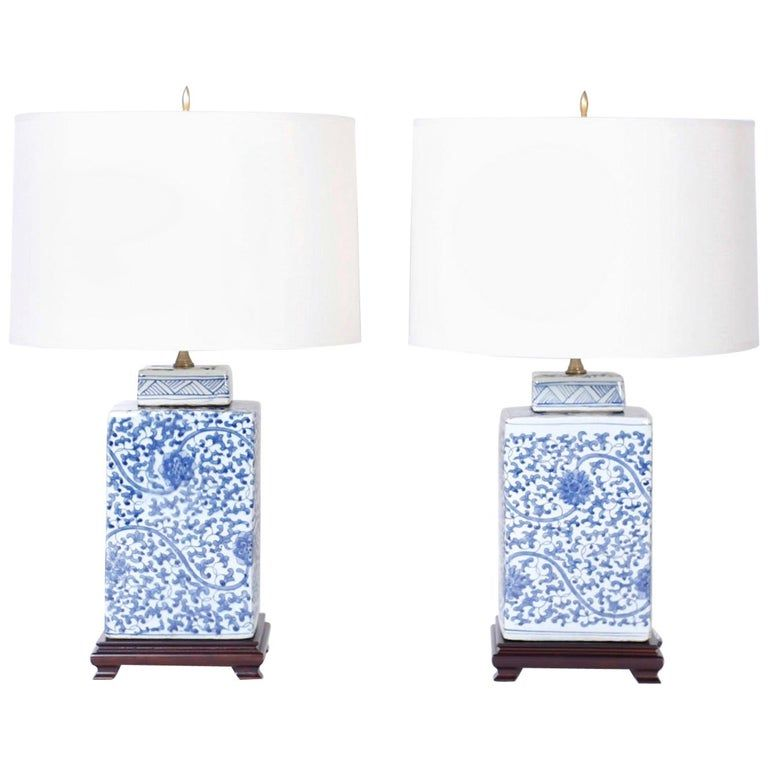 Pair Of Chinese Blue And White Porcelain Table Lamps Modern Glass Table Lamps Blue Lamp White Table Lamp