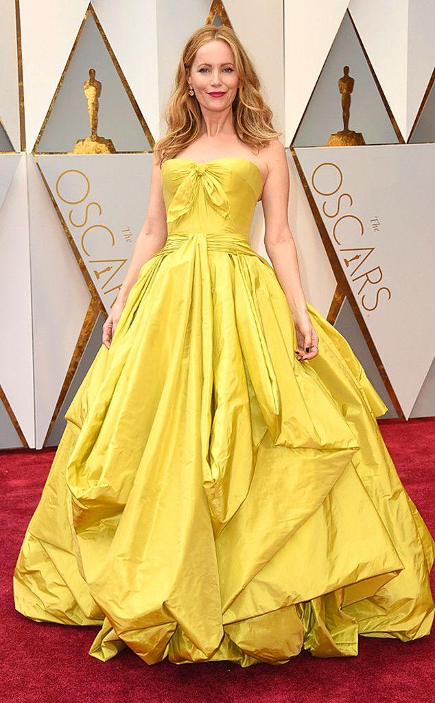 Leslie Mann from Oscars 2017 Red Carpet Arrivals  In Zac Posen