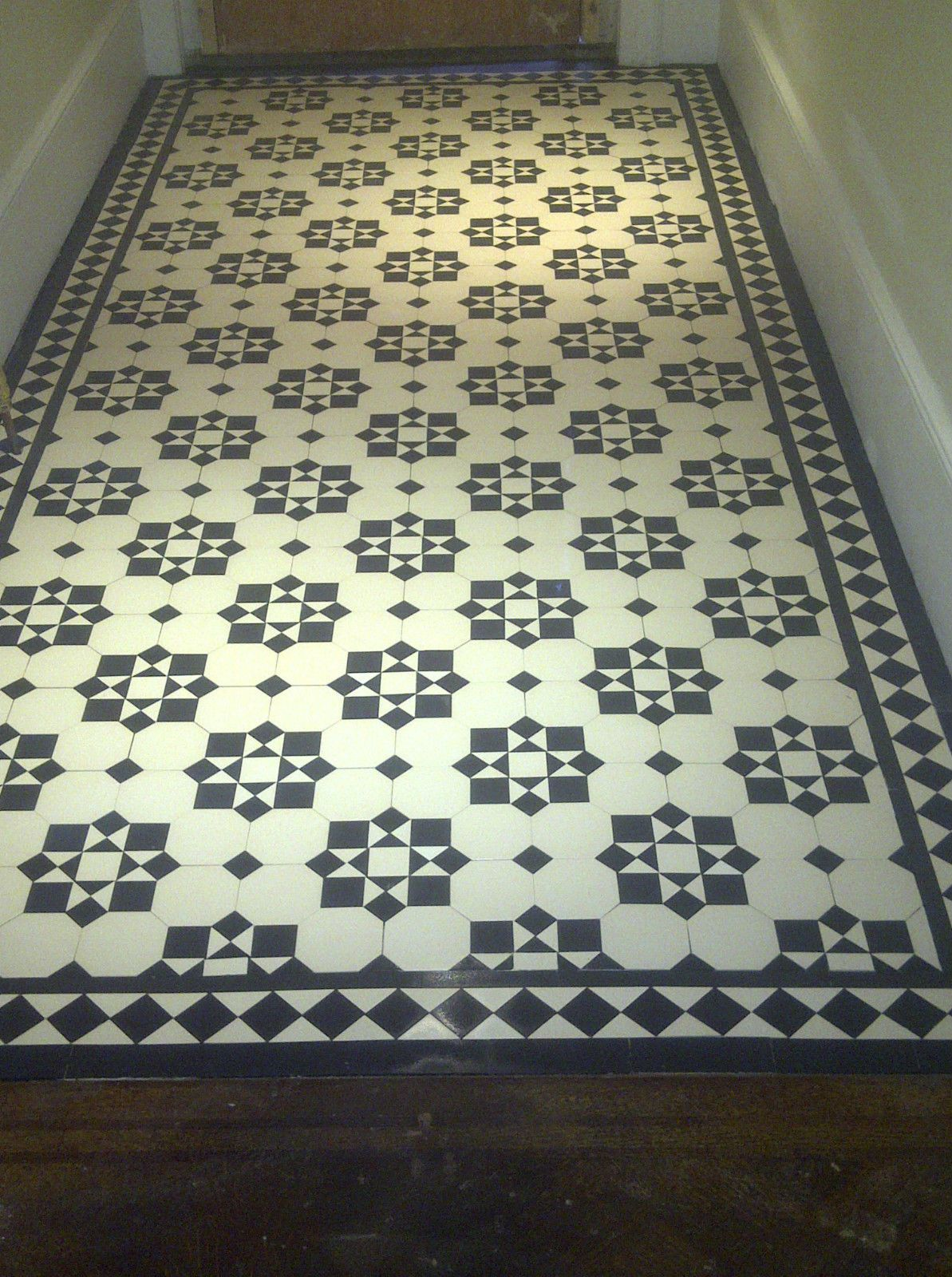 Victorian Old English Original Style Floor Tiles Katrine Black And