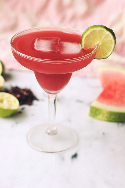 Watermelon Hibiscus Lime Cooler #limemargarita Watermelon Hibiscus Lime Margarita // lightly sweetened with a little honey // Tasty Yummies #limemargarita Watermelon Hibiscus Lime Cooler #limemargarita Watermelon Hibiscus Lime Margarita // lightly sweetened with a little honey // Tasty Yummies #limemargarita