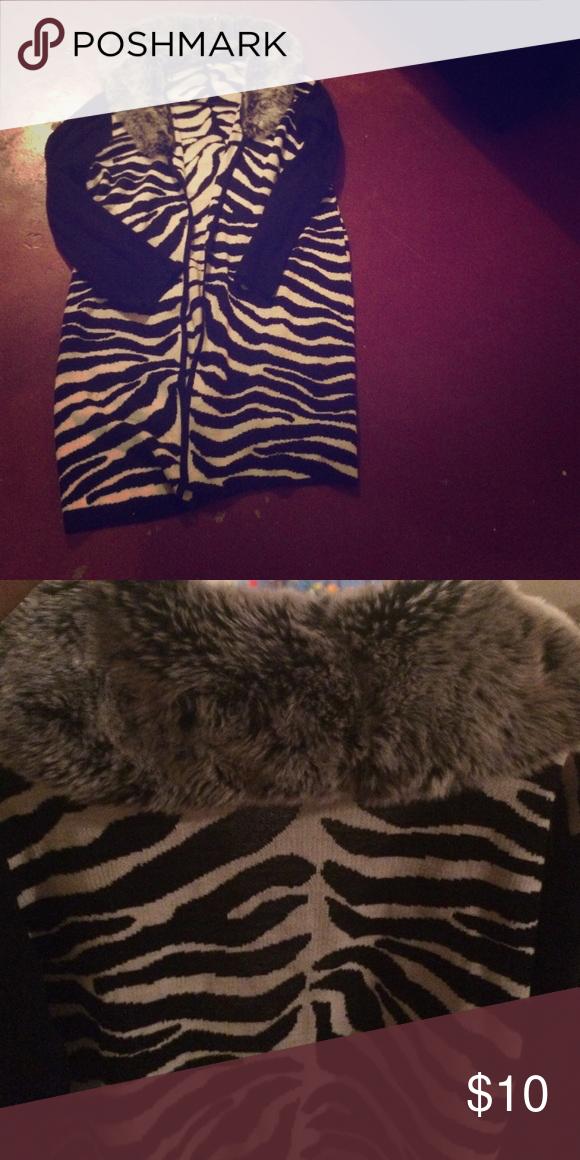 A zebra print trench sweater A zebra print trench sweater Sweaters Shrugs & Ponchos