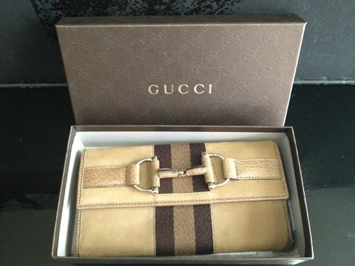 Mouse over image to zoom  NEW Authentic GUCCI heritage Wallet in tan/brown suede leather with gift box!, $350