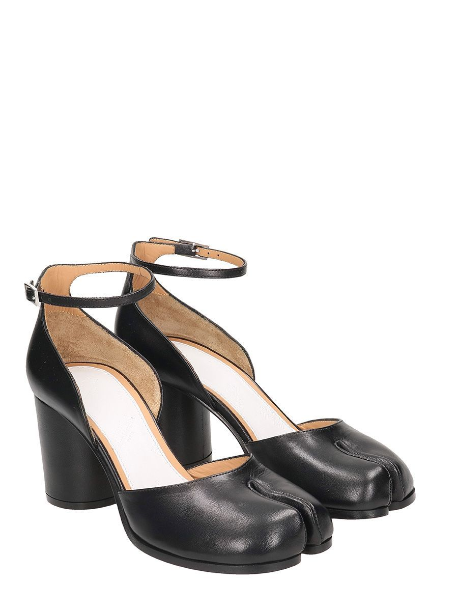 b621f55bdb5e MAISON MARGIELA TABI PUMPS.  maisonmargiela  shoes