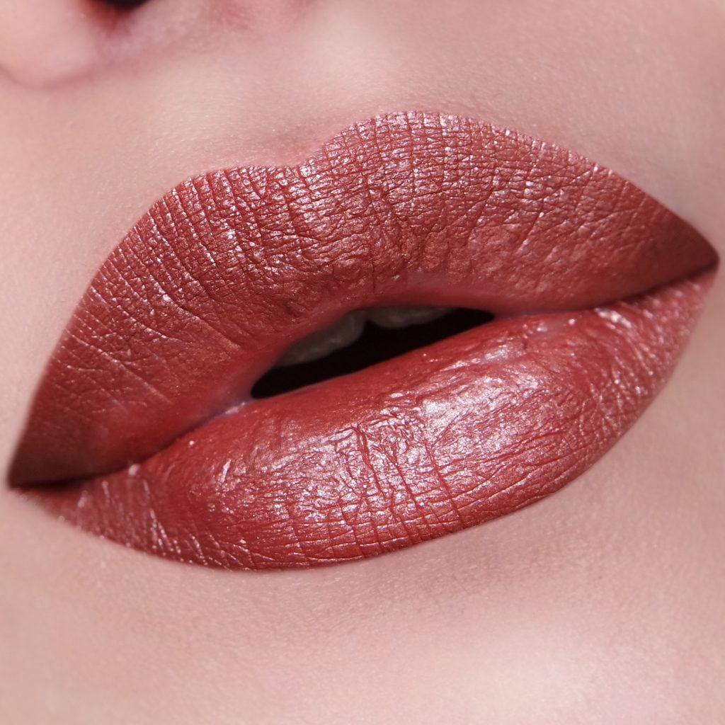 Nyx Professional Makeup Liquid Suede Metallic Matte Bella Makeup