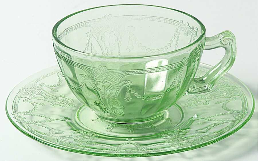 Anchor Hocking CAMEO GREEN Cup & Saucer