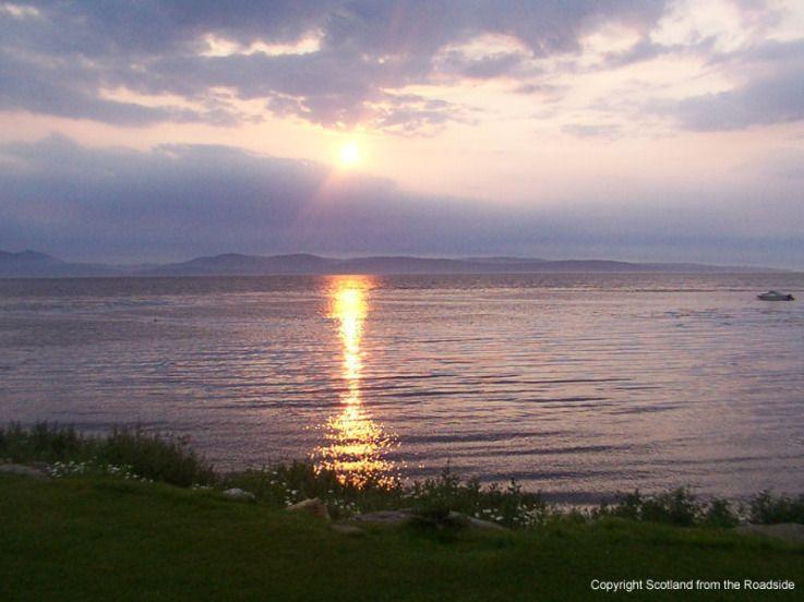 Arran Sunrise from Peninver by Linda