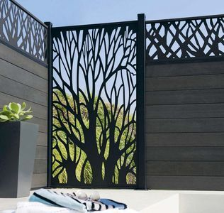 jardin terrasse panneaux brise vue pour se cacher des. Black Bedroom Furniture Sets. Home Design Ideas