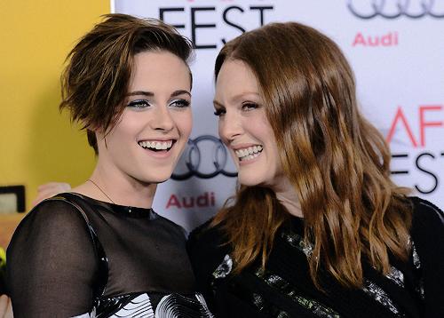 Kristen Stewart and Julianne Moore at the AFI Premiere of Still Alice