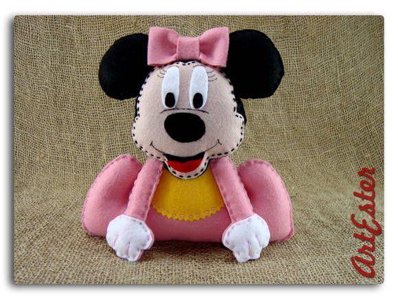 Baby disney Minnie decorativo. Confeccionada em feltro. Fibra siliconada. Personalizada. R$ 20,00