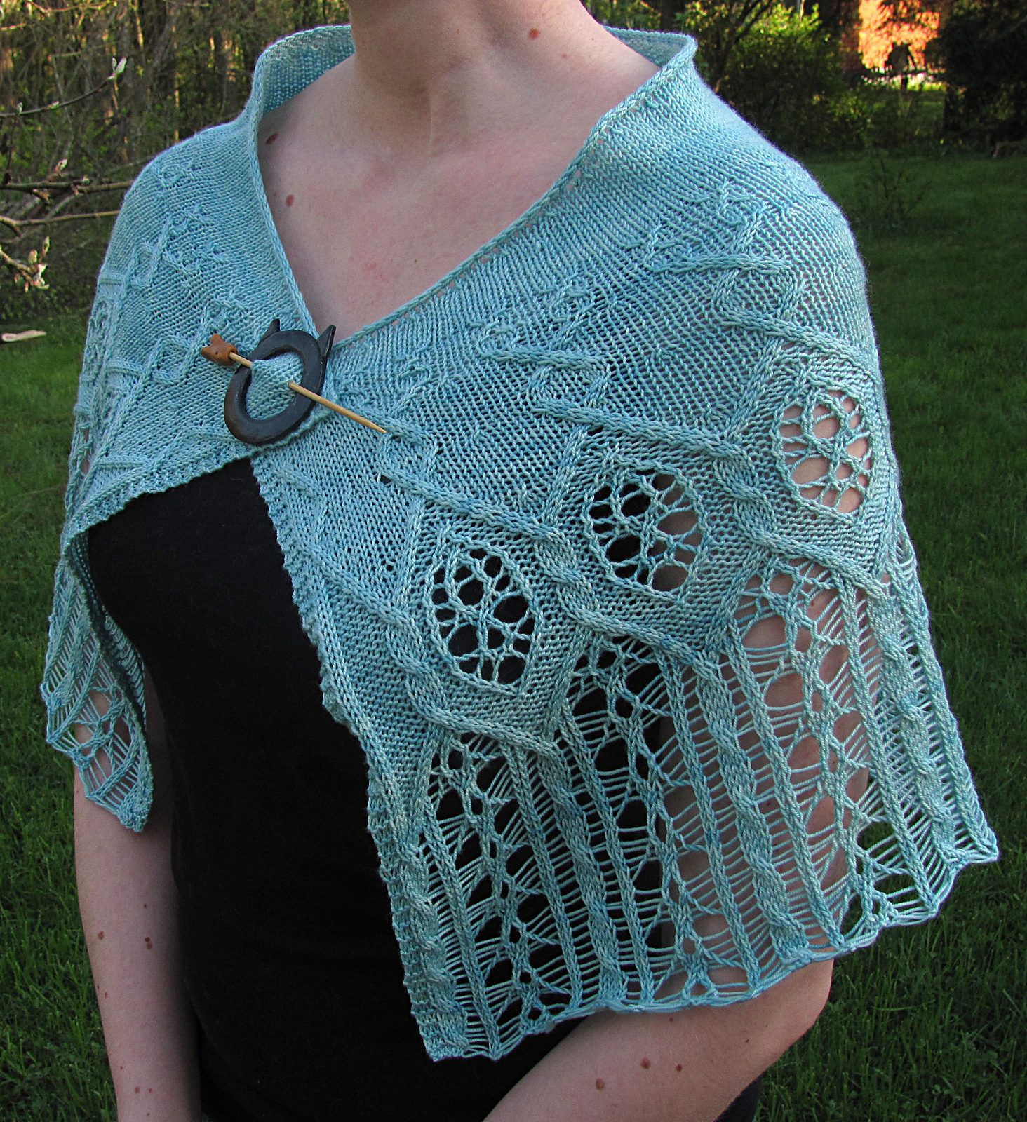 Capelet Knitting Patterns | Finger weights, Knitting patterns and ...