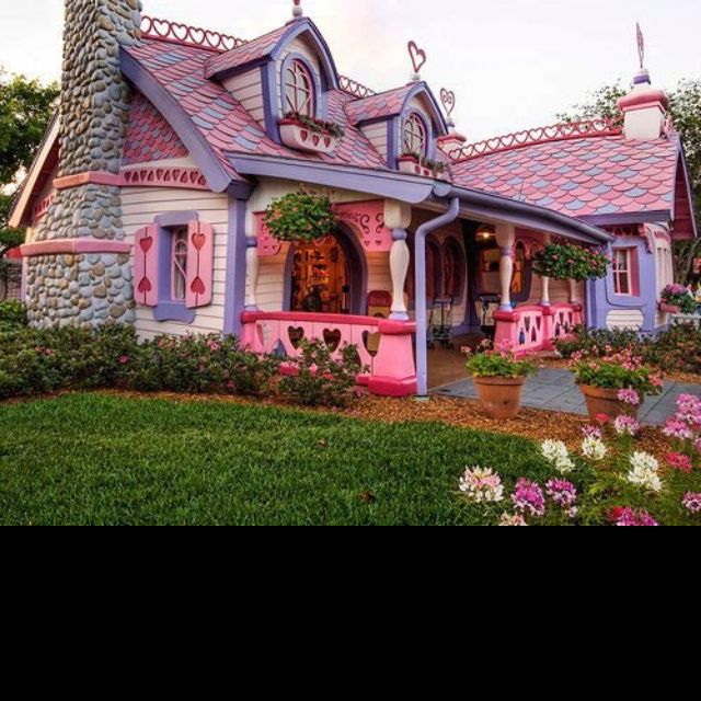 I Want So Cute Fairytale House Unique House Design Unusual Homes