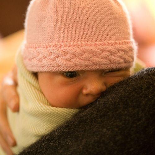 We Like Knitting Braided Edge Baby Hat Free Pattern Baby Knits
