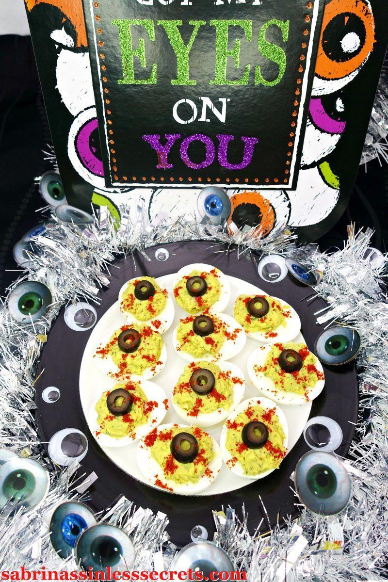 Avocado Lime Paleo Deviled Eggs (Eyeball Halloween Deviled