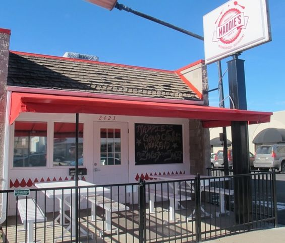 Cook Street Apartments: Maddie's Restaurant, Gayor Geller