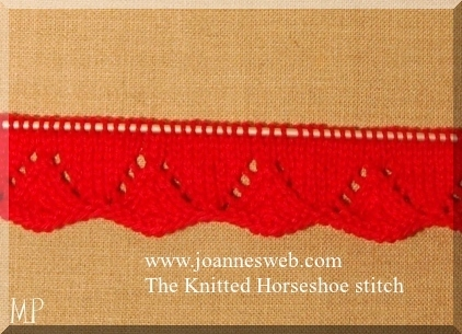 Marion P. ajour randje voor onderaan een jurkje  Horseshoe stitch zie www.joannesweb.com