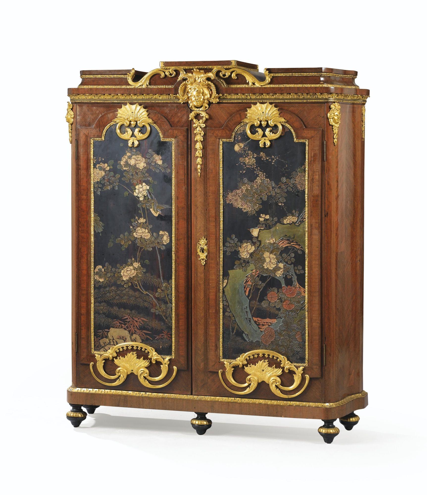 armoire biblioth que en placage d 39 amarante panneaux de laque de coromandel et monture de bronze. Black Bedroom Furniture Sets. Home Design Ideas
